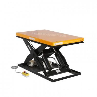 Table élévatrice électrique 2000 kg 220 volts en position intermédiaire